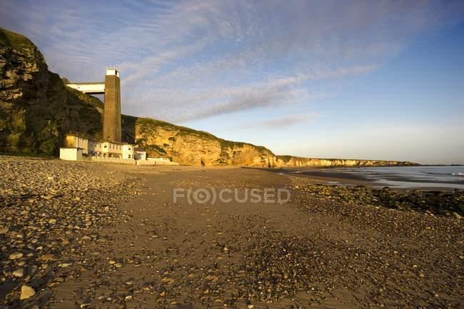 Leuchtturm und Strand, South Shields — Stockfoto