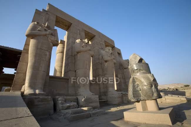 Ramesseum зруйновані палац — стокове фото