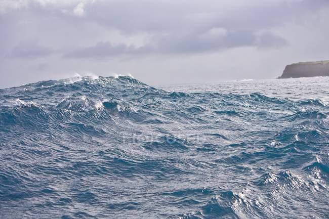 La vague géante se brise — Photo de stock