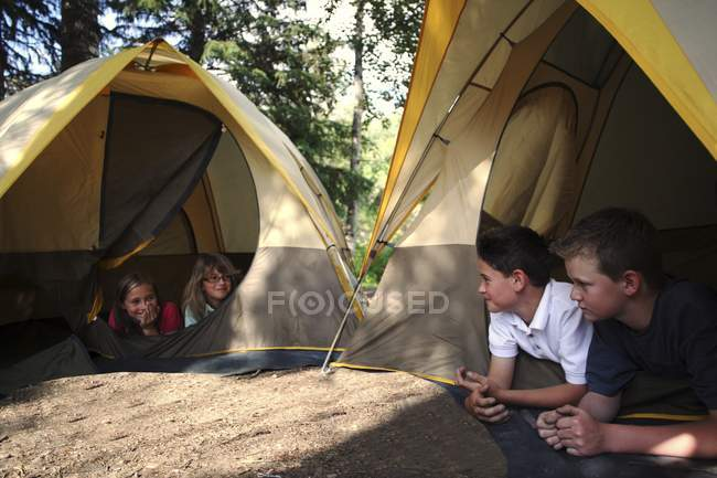 Boys And Girls Camping and having fun — Stock Photo