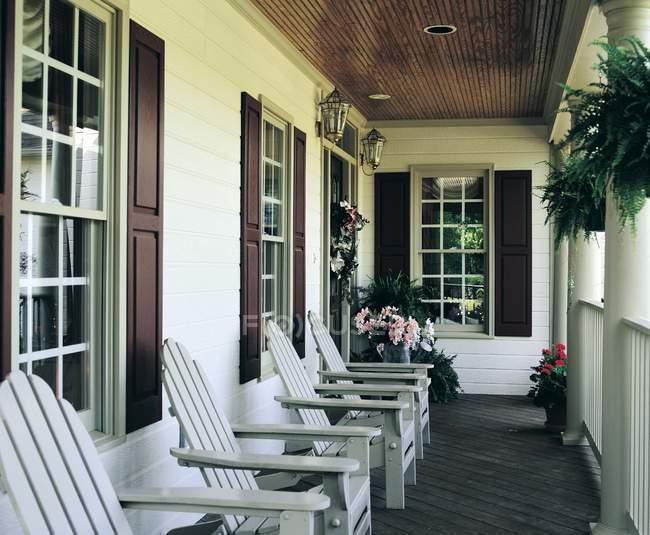 Alpendre Cottage no terraço — Fotografia de Stock
