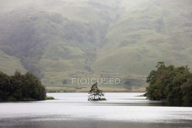 Lake Scenic, Scottish Highlands — Stock Photo