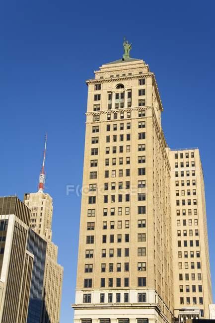 Liberty Tower pendant la journée — Photo de stock