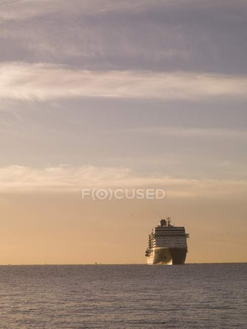 Cruise Ship in ocean water — Stock Photo