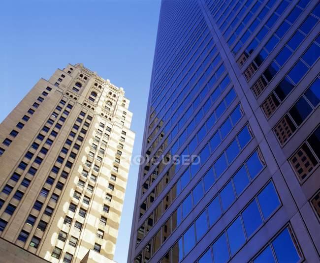 Construção de arranha-céus — Fotografia de Stock