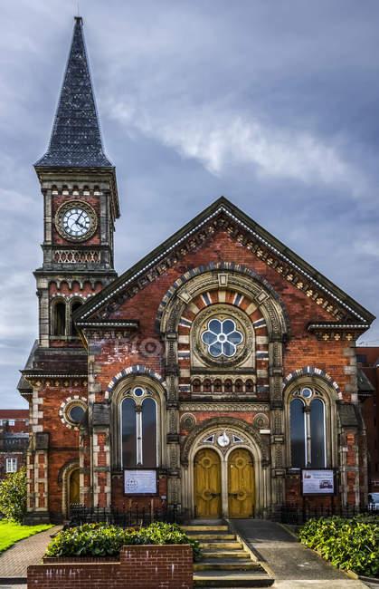 Старий Союз велика каплиці на території лікарні Святого Джеймса в Лідс була побудована в 1861 році як частину оригінальної велика будівель; Лідс, Західний Йоркшир, Англія — стокове фото