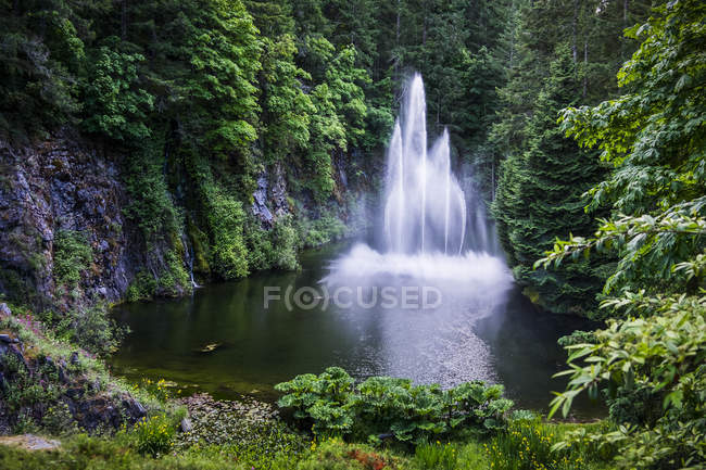 Ross fountain at butchart gardens victoria british columbia ross fountain at butchart gardens victoria british columbia canada stock photo thecheapjerseys Image collections