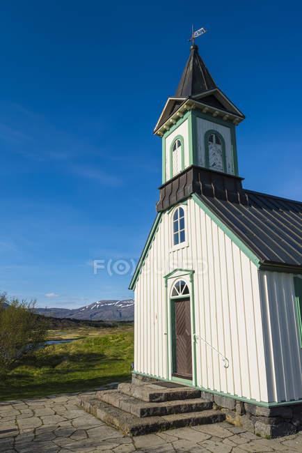 Kleine Kirche auf dem Lande; Thingvellir, Island — Stockfoto