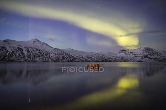 Aurora boreal, ou luzes do Norte; Djupavik, West fiordes, Islândia — Fotografia de Stock