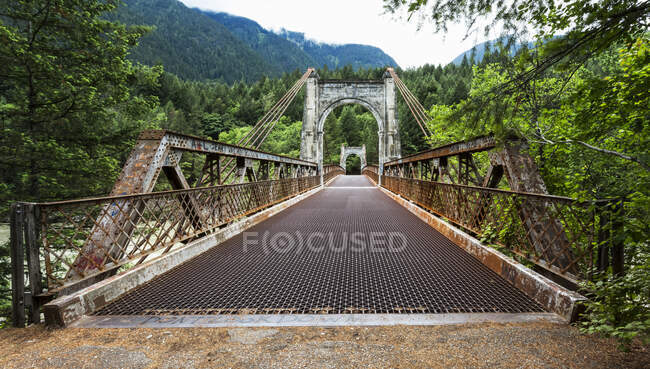 Alexandra Bridge über den Fraser Canyon; British Columbia, Kanada — Stockfoto
