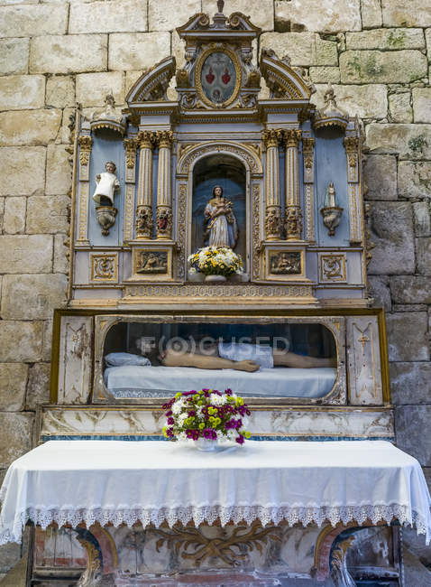 Tomb in Monastery of Santa Maria de Salzedas; Portugal — Stock Photo
