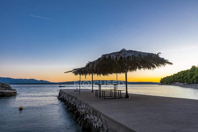 Riviera de Makarska au crépuscule, Dalmatie, Croatie — Photo de stock