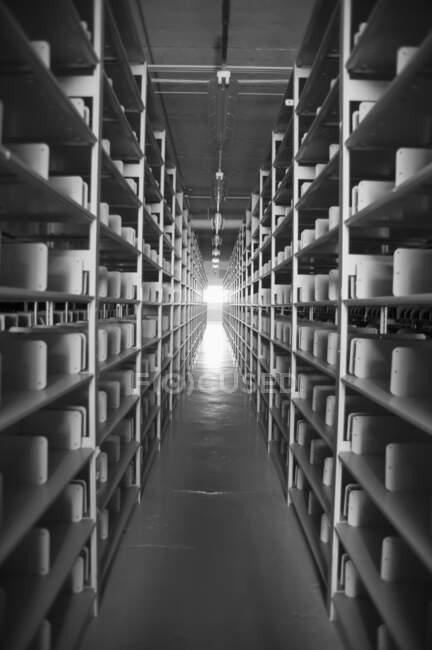 Vue panoramique de l'intérieur moderne d'une usine — Photo de stock