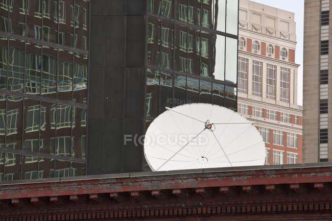 Cocina satelital en la azotea de un edificio, Boston, Massachusetts, Usa. - foto de stock