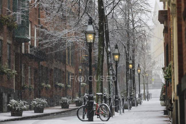 Somerset Street vista dopo il tramonto a Boston, Contea di Suffolk, Massachusetts, Stati Uniti — Foto stock