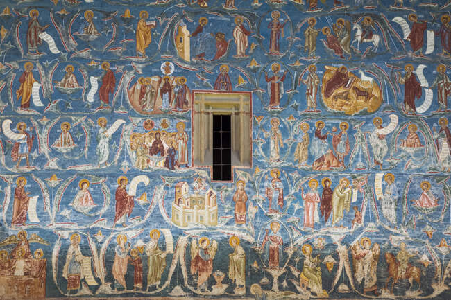 Frescos exteriores, 'Árbol de Isaí', Monasterio de Voronet, 1487; Gura Humorului, Condado de Suceava, Rumania - foto de stock