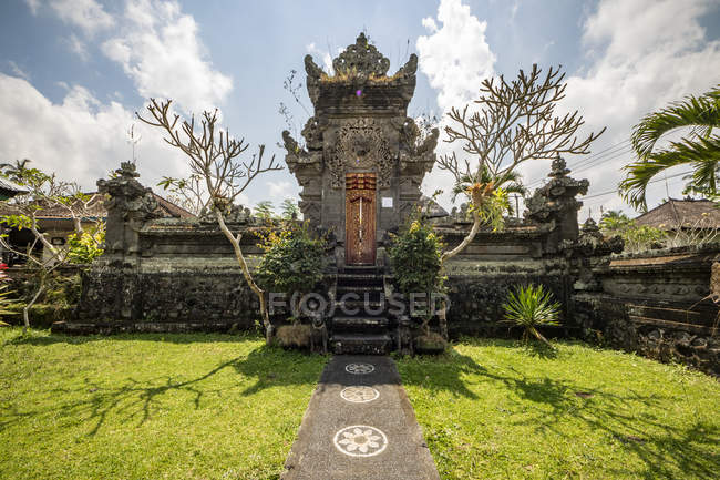Temple hindou ; Banu, Bali, Indonésie — Photo de stock