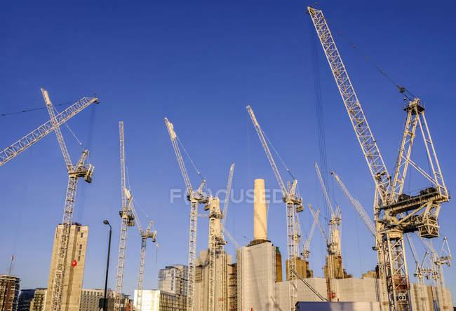 Vue panoramique de la centrale électrique de Battersea ; Londres, Angleterre — Photo de stock