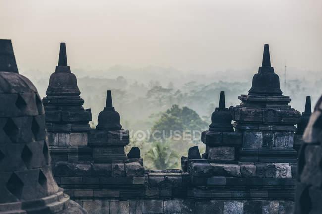 Stupas del Templo Borobudur; Yogyakarta, Indonesia. - foto de stock