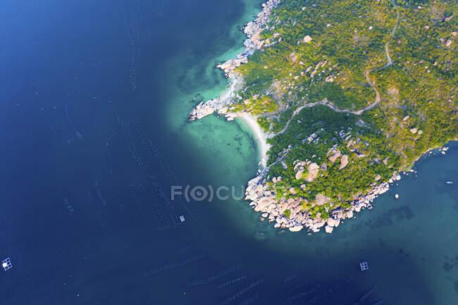 Binh Lap Island en las Maldivas; Binh Lap, provincia de Khanh Hoa, Vietnam - foto de stock