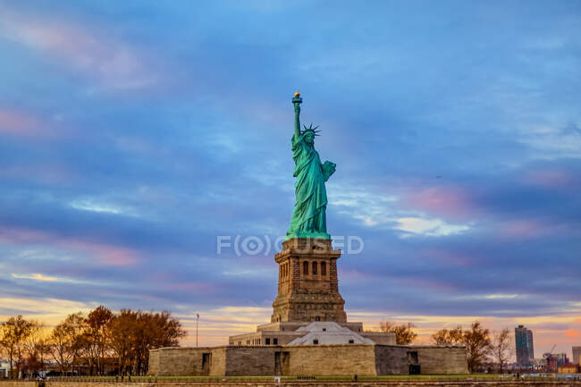 Statue de la Liberté ; New York City, New York, États-Unis d'Amérique — Photo de stock