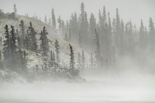 Dust storm in Kluane National Park; Destruction Bay, Yukon, Canada — Stock Photo