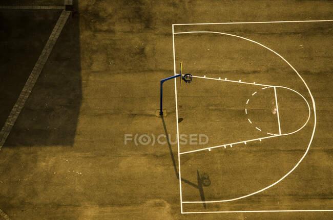 Aerial view of empty basketball court; Calais, Pas de Calais, France — Stock Photo