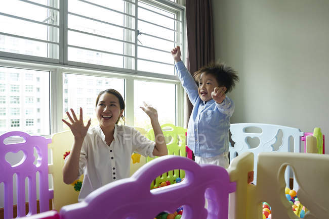 Mother and son bonding in the play room — Stock Photo