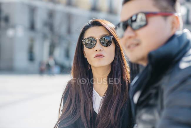 Casal chinês de turistas em Madrid, Espanha — Fotografia de Stock