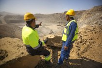 Two quarry workers — Stock Photo