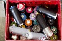 Spray canettes de peinture — Photo de stock