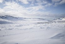 Schneebedeckte Berge Landschaft — Stockfoto