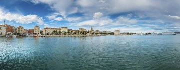 Waterfront promenade quartier vue de Split — Photo de stock
