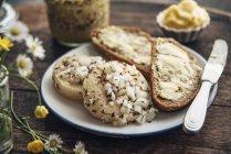 Fette di pane di segale — Foto stock