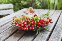 Assiette en étain de récolte d'automne — Photo de stock