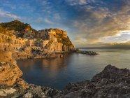 Manarola at sunset,  Cinque Terre — Stock Photo
