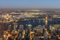 New York Stadtbild in der Abenddämmerung — Stockfoto