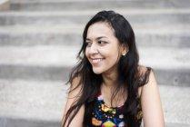 Jovencita sonriente - foto de stock