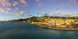 Сент-Джордж-Харбор, Кариби — стокове фото