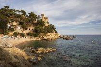 Курортне містечко на узбережжі Коста Брава в Середземному морі, Льорет-де-Мар, Каталонія, Іспанія — стокове фото