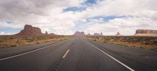 Route des USA, Utah, à Monument Valley — Photo de stock