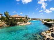 Curacao, Willemstad, Punda, Dolphin Academy e canale — Foto stock