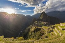 South America, Peru, Andes, Mountains landscape with Machu Picchu view at sunset — Stock Photo