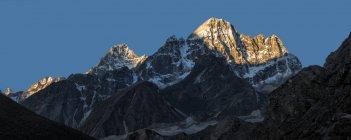 View of himalayas mountain peak during daytime — Stock Photo