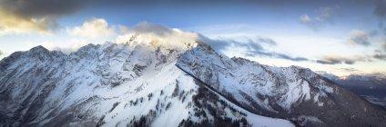Alemania, Baviera, Berchtesgaden, Hoher Goell al amanecer - foto de stock