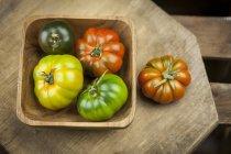 Різні Oxheart помідори — стокове фото