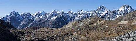 Népal, Himalaya, Khumbu, région de l'Everest, Cho La Cordillère — Photo de stock