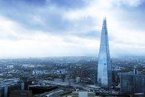 Uk, london, aus der Vogelperspektive von london mit dem Wolkenkratzer der Scherbe — Stockfoto
