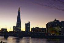 La torre Shard, Themse, Londres, Inglaterra - foto de stock