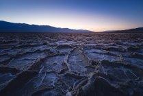 Estados Unidos, California, Death Valley, Badwater Basin at Twilight - foto de stock